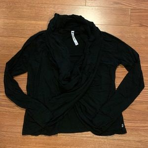 Like new Fabletics twist front top